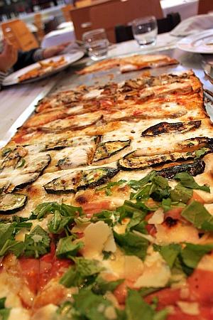 Pizza-Al-Metro-Pizzeria-Vai-Mo-di-Civitanova-Marche-piccola
