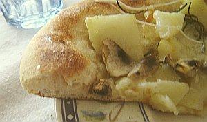 pizzafunghipataterosmarinocotta-dettaglio
